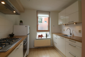 View house for rent in Groningen Kwintlaan, € 1250, 90m2 - 350005. Interested? check out this house and leave a message!