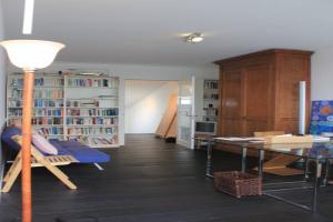 Bekijk appartement te huur in Leiden Haagweg, € 1200, 75m2 - 361465. Geïnteresseerd? Bekijk dan deze appartement en laat een bericht achter!