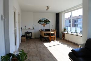 Bekijk appartement te huur in Amersfoort E. Meysterweg, € 950, 80m2 - 364809. Geïnteresseerd? Bekijk dan deze appartement en laat een bericht achter!