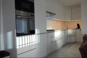Bekijk woning te huur in Schiedam Dwarsstraat, € 825, 65m2 - 354122. Geïnteresseerd? Bekijk dan deze woning en laat een bericht achter!