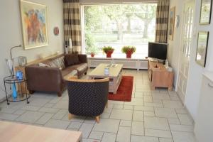 Bekijk woning te huur in Valkenswaard Willibrorduslaan, € 1350, 140m2 - 368669. Geïnteresseerd? Bekijk dan deze woning en laat een bericht achter!