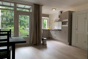 Bekijk appartement te huur in Amsterdam Balistraat, € 1450, 42m2 - 373335. Geïnteresseerd? Bekijk dan deze appartement en laat een bericht achter!