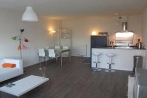 Bekijk appartement te huur in Haarlem Madridplantsoen, € 1450, 75m2 - 349540. Geïnteresseerd? Bekijk dan deze appartement en laat een bericht achter!