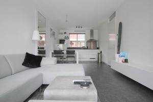 Bekijk appartement te huur in Utrecht Europaplein, € 1300, 140m2 - 358908. Geïnteresseerd? Bekijk dan deze appartement en laat een bericht achter!
