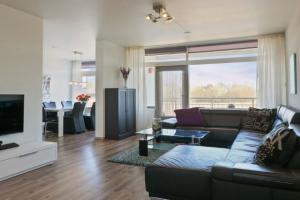 Bekijk appartement te huur in Dordrecht Leeuwstraat, € 984, 82m2 - 364585. Geïnteresseerd? Bekijk dan deze appartement en laat een bericht achter!