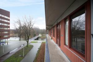 Bekijk studio te huur in Amsterdam Oeverpad, € 1675, 120m2 - 382378. Geïnteresseerd? Bekijk dan deze studio en laat een bericht achter!