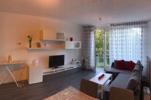 Bekijk appartement te huur in Rotterdam Adamshofstraat, € 1650, 90m2 - 394798. Geïnteresseerd? Bekijk dan deze appartement en laat een bericht achter!