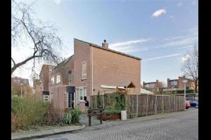 Bekijk woning te huur in Eindhoven Duinkerkenlaan: Woning - € 1200, 140m2 - 324035