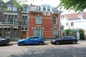 Bekijk appartement te huur in Den Haag Johan van Oldenbarneveltlaan, € 985, 45m2 - 372238. Geïnteresseerd? Bekijk dan deze appartement en laat een bericht achter!