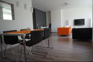 Bekijk appartement te huur in Hilversum Vaartweg, € 1500, 85m2 - 314125. Geïnteresseerd? Bekijk dan deze appartement en laat een bericht achter!
