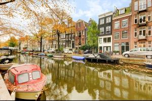 Bekijk appartement te huur in Amsterdam Egelantiersgracht, € 2650, 120m2 - 319082. Geïnteresseerd? Bekijk dan deze appartement en laat een bericht achter!