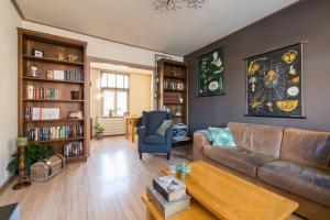 Bekijk woning te huur in Sneek Hendrik Casimirstraat, € 885, 95m2 - 379055. Geïnteresseerd? Bekijk dan deze woning en laat een bericht achter!