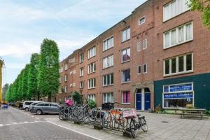 Te huur: Woning Van der Helstplein, Amsterdam - 1