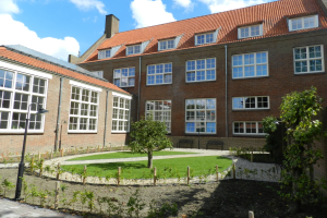 View studio for rent in Tiel Hoogeinde, € 780, 45m2 - 375976. Interested? check out this studio and leave a message!
