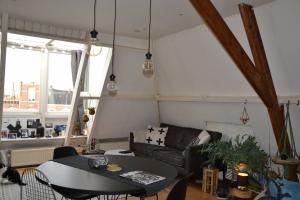 Te huur: Appartement Valkenboslaan, Den Haag - 1