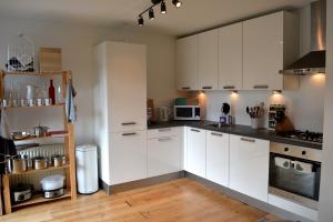 Bekijk appartement te huur in Den Bosch Zuid Willemsvaart, € 1195, 74m2 - 383565. Geïnteresseerd? Bekijk dan deze appartement en laat een bericht achter!