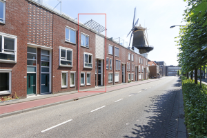 View house for rent in Dordrecht Bosboom-Toussaintstraat, € 1450, 145m2 - 367951. Interested? check out this house and leave a message!