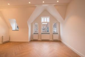 Bekijk appartement te huur in Den Haag Bachmanstraat, € 1550, 65m2 - 358929. Geïnteresseerd? Bekijk dan deze appartement en laat een bericht achter!