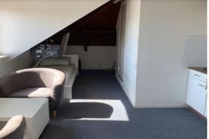 Bekijk studio te huur in Enschede Leijdsweg, € 695, 30m2 - 389524. Geïnteresseerd? Bekijk dan deze studio en laat een bericht achter!