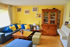Bekijk woning te huur in Den Haag Bleriotlaan, € 1795, 135m2 - 348907. Geïnteresseerd? Bekijk dan deze woning en laat een bericht achter!