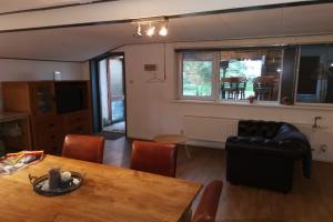 For rent: House Sluisweg, Hellevoetsluis - 1