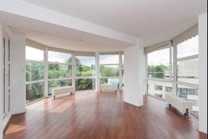 Bekijk appartement te huur in Schiedam Willem de Zwijgerlaan, € 1150, 87m2 - 316140. Geïnteresseerd? Bekijk dan deze appartement en laat een bericht achter!