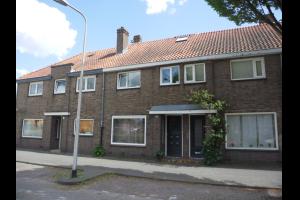 Bekijk appartement te huur in Tilburg Vredeman de Vriesstraat: Benedenwoning - € 625, 60m2 - 310368