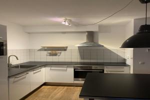 Bekijk appartement te huur in Amsterdam Hortusplantsoen, € 1600, 54m2 - 379189. Geïnteresseerd? Bekijk dan deze appartement en laat een bericht achter!
