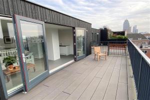 Bekijk appartement te huur in Amsterdam Schollenbrugpad, € 2500, 150m2 - 383543. Geïnteresseerd? Bekijk dan deze appartement en laat een bericht achter!