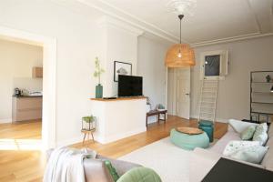 Bekijk appartement te huur in Amsterdam Marnixstraat, € 2100, 105m2 - 394894. Geïnteresseerd? Bekijk dan deze appartement en laat een bericht achter!
