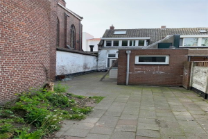 View house for rent in Tilburg L. Nieuwstraat, € 1100, 100m2 - 366608. Interested? check out this house and leave a message!