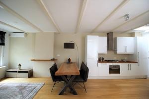 Bekijk appartement te huur in Amsterdam Kuipersstraat, € 1795, 65m2 - 380265. Geïnteresseerd? Bekijk dan deze appartement en laat een bericht achter!