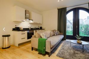 Bekijk appartement te huur in Utrecht Zwaansteeg, € 1195, 55m2 - 387379. Geïnteresseerd? Bekijk dan deze appartement en laat een bericht achter!
