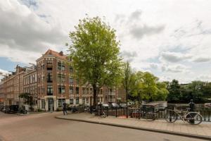 Bekijk appartement te huur in Amsterdam J.v. Lennepstraat, € 1375, 30m2 - 352817. Geïnteresseerd? Bekijk dan deze appartement en laat een bericht achter!