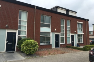 Bekijk woning te huur in Tilburg Scharwoudestraat, € 1195, 111m2 - 337073. Geïnteresseerd? Bekijk dan deze woning en laat een bericht achter!