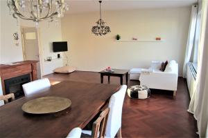 Bekijk appartement te huur in Arnhem Steenstraat, € 1350, 120m2 - 379679. Geïnteresseerd? Bekijk dan deze appartement en laat een bericht achter!