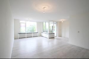 Bekijk appartement te huur in Utrecht Aartsbisschop Romerostraat: Ruim appartement  - € 1250, 80m2 - 328102