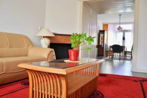 Te huur: Appartement Lobelialaan, Den Haag - 1