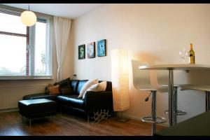 Bekijk appartement te huur in Amsterdam Ganzenweg, € 1350, 57m2 - 333192. Geïnteresseerd? Bekijk dan deze appartement en laat een bericht achter!