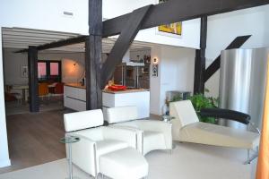 Bekijk woning te huur in Groningen Oosterkade: Uniek, modern grachtenpand - € 2250, 235m2 - 295570