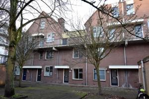 Bekijk appartement te huur in Den Haag J. Massenetstraat: PER DIRECT: MOOI 3 KAMER MAISONETTE (65m²) OP DE BEGANE GROND ... - € 1095, 65m2 - 358703