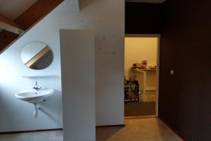 Bekijk kamer te huur in Breda Mgr. Nolensplein, € 325, 15m2 - 395875. Geïnteresseerd? Bekijk dan deze kamer en laat een bericht achter!
