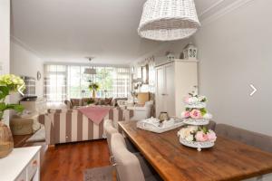 Bekijk appartement te huur in Leiden Condorhorst, € 1595, 108m2 - 378277. Geïnteresseerd? Bekijk dan deze appartement en laat een bericht achter!