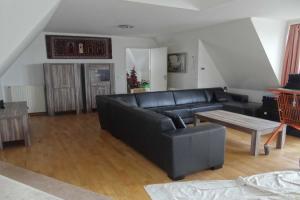Bekijk appartement te huur in Zuidlaren Kerkstraat, € 1250, 130m2 - 363292. Geïnteresseerd? Bekijk dan deze appartement en laat een bericht achter!