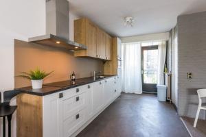 Bekijk appartement te huur in Rotterdam Oostmaaslaan, € 1795, 110m2 - 352791. Geïnteresseerd? Bekijk dan deze appartement en laat een bericht achter!