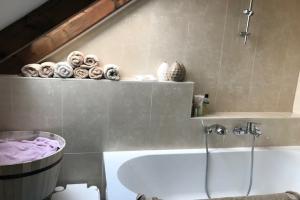 Bekijk appartement te huur in Den Bosch Orthen, € 995, 60m2 - 349901. Geïnteresseerd? Bekijk dan deze appartement en laat een bericht achter!