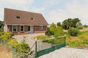 Bekijk woning te huur in Amstelveen Amsteldijk Zuid, € 2750, 160m2 - 395156. Geïnteresseerd? Bekijk dan deze woning en laat een bericht achter!
