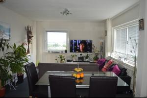 Bekijk appartement te huur in Apeldoorn Korianderstraat, € 765, 93m2 - 318434. Geïnteresseerd? Bekijk dan deze appartement en laat een bericht achter!