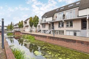 Bekijk appartement te huur in Capelle Aan Den Ijssel H. Moorepassage, € 657, 73m2 - 366560. Geïnteresseerd? Bekijk dan deze appartement en laat een bericht achter!