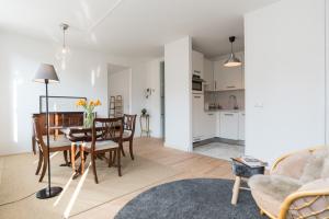 Bekijk appartement te huur in Amsterdam Dusartstraat, € 2150, 73m2 - 372257. Geïnteresseerd? Bekijk dan deze appartement en laat een bericht achter!